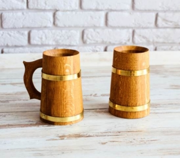 Oak wooden mug 0,7 L with brass hoops